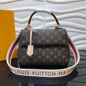 The 'Cluny BB' handbag by Louis Vuttion's 'M42738'